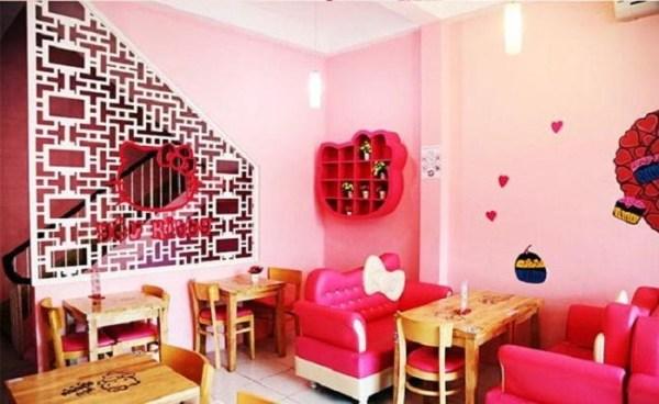 Ấn tượng với quán trà sữa màu hồng siêu dễ thương