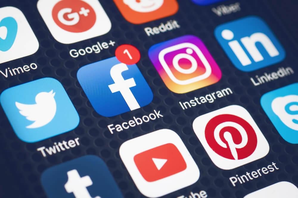Backlink mua từ Social Entity